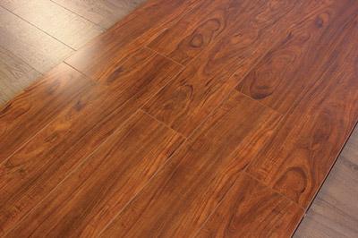 实木复合地板如何保养?双奇?鹿可可8大妙招!