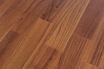 多层实木地板柚木