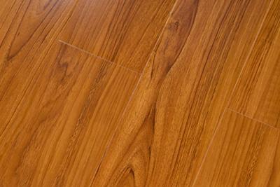 强化复合地板泰国红柚7312