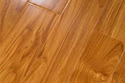 强化复合地板印尼黄金柚7705