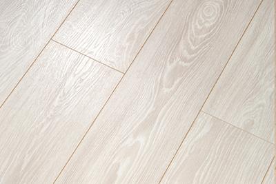 强化复合地板天鹅古堡YS306